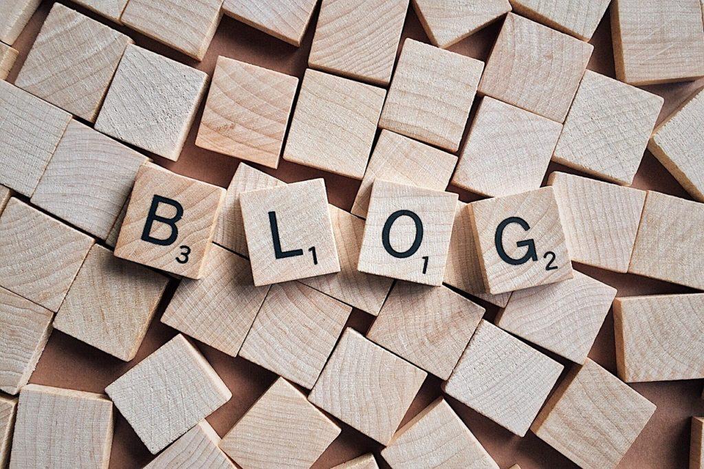 cele blogera