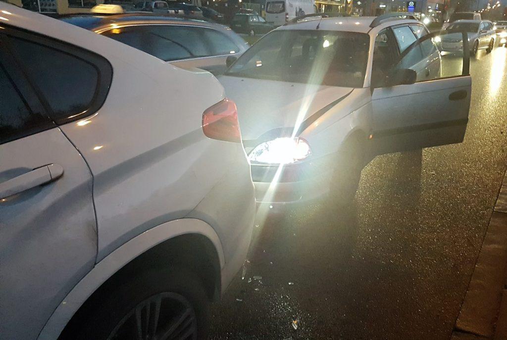 zderzenie samochodów - wypłata odszkodowania z oc sprawcy